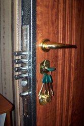 Двери - ремонт,  установка. Замки - врезка,  замена. Фурнитура.